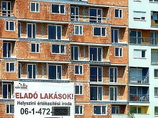 Felverte az árakat a lakáspiacon az áfaemelés híre