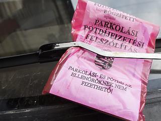 Újabb helyeken lesz fizetős a parkolás Budapesten