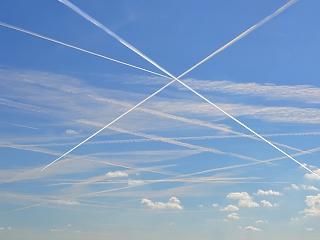 Lehúzza a rolót egy légitársaság