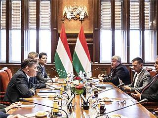 A Roszatom vezetőjével tárgyalt Orbán
