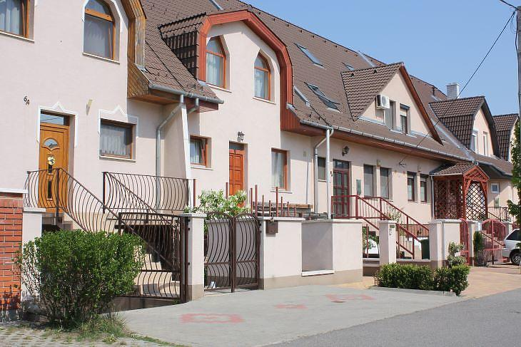 A külső kerületek sorházi lakásai még megfizethetők (fotó: Mester Nándor)
