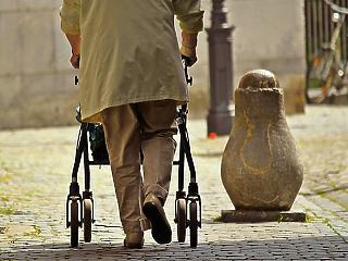 Kormányinfó: mai állás szerint novemberben érkezhet a nyugdíjasok kompenzációja