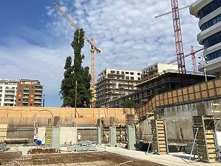 Pár hónap múlva belassul az építőipar az elemzők szerint