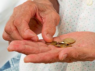 Így szegényedtek el a nyugdíjasok 2010 óta