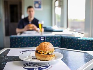 Zsebből kell ebédelni a MÁV nemzetközi járatain, bezár mindenétkezőkocsi