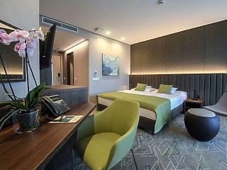 Jelentős létszámleépítés jön Mészáros Lőrincék szállodáiban