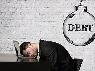 Időzített bombaként ketyegnek a vállalati hitelek?