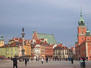 A lehetséges Merkel-utód a lengyel EU-tagság mellett érvelt