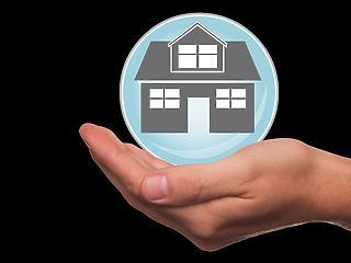 Milyen balesetbiztosítási elemek vannak a lakásbiztosításokban?