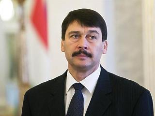 Áder János felmentette a Magyar Honvédség parancsnokát