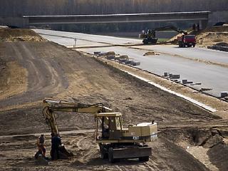 Felülvizsgálja a kormány az autópálya-építési terveket
