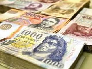 9 éves mélypontra csökkent az állam adóssága