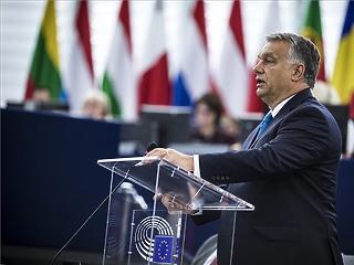 Orbán az EP-ben: zsarolják és rágalmazzák Magyarországot