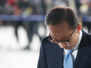 20 év börtönt is kaphat a volt dél-koreai elnök