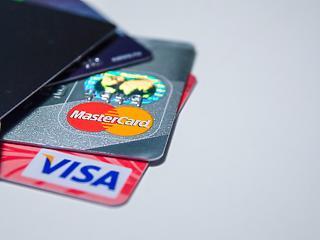A járvány is rásegített a bankkártyás fizetés térhódítására
