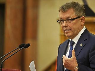 Matolcsy nem megy el a bizottsági meghallgatásra