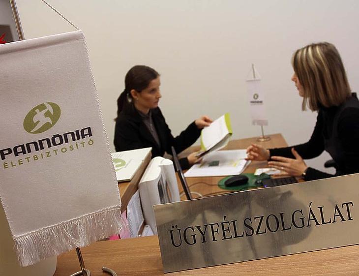 A lengyelországi klienseknek ezentúl az Aegonhoz kell menniük