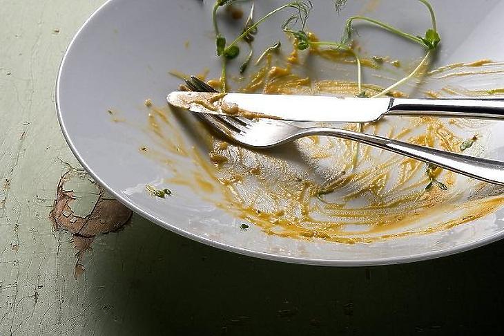 Üresek maradnak a tányérok