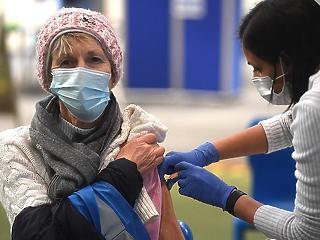 Még ma megtudjuk, mi van a kínai és orosz vakcinaszerződésekben
