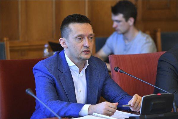 Rogán Antal az Országgyűlés igazságügyi bizottságának ülésén az Országházban 2018. május 14-én. (MTI / Máthé Zoltán)