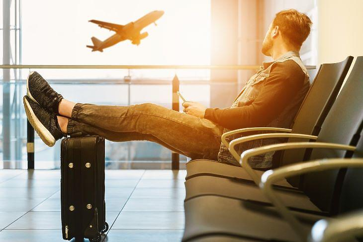 Hiába várták az utasok a Sólyom légitársaságot(forrás: pixabay.com)