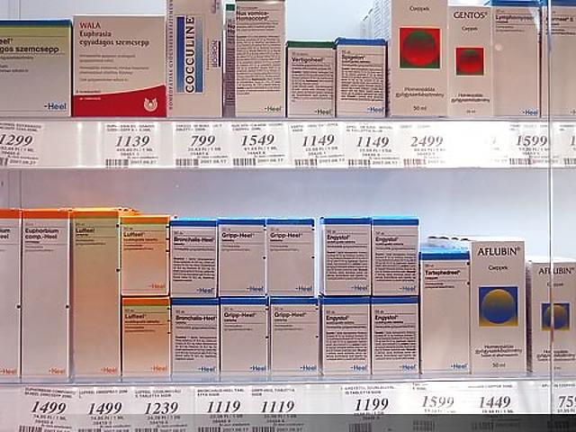 Homeopátiás szerek is kaphatók