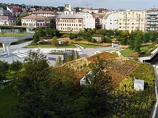 Pláza helyett még idén megtérülő high-tech zöld park nyílt Budán