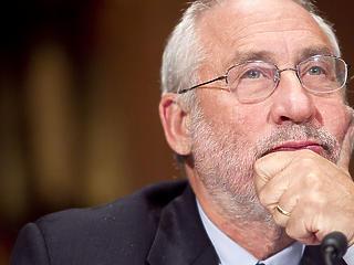 75 éves a Világbankot és az IMF-et kritizáló, Nobel-díjas közgazdász