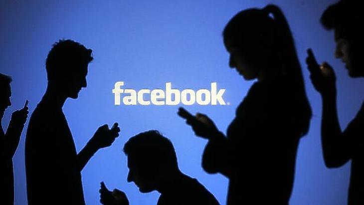 A Facebook szeme elől is nagyjából lehetetlen eltűnni.