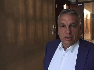 Orbán Viktor visszaállította a kötelező korridor-használatot az országon átutazóknak