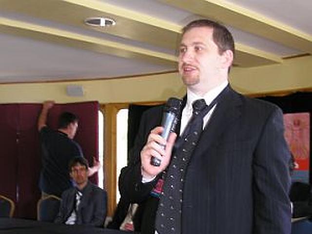 Klenovszki János, az NRC vezetője
