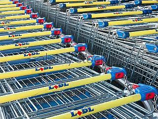 Hiába erősködik Lázár János, a felvásárlás nem opció a külföldi áruházláncok kiszorítására