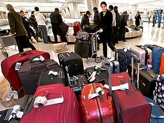 Közel 200 járatot törölni kellett, több mint 100 pedig késve indult az amszterdami reptérről tankolási problémák miatt