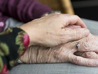 Októberben is drágább volt a nyugdíjasok élete, mint a dolgozóké