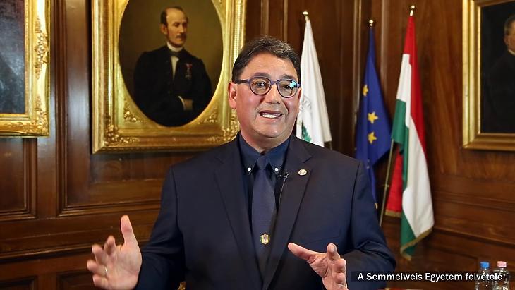 Dr. Merkely Béla, a Semmelweis Egyetem rektora. Fotó: youtube