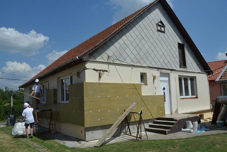 Családi ház szigetelése (forrás:Knauf Insulation)