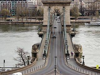Már csak Budapest várna segítségre