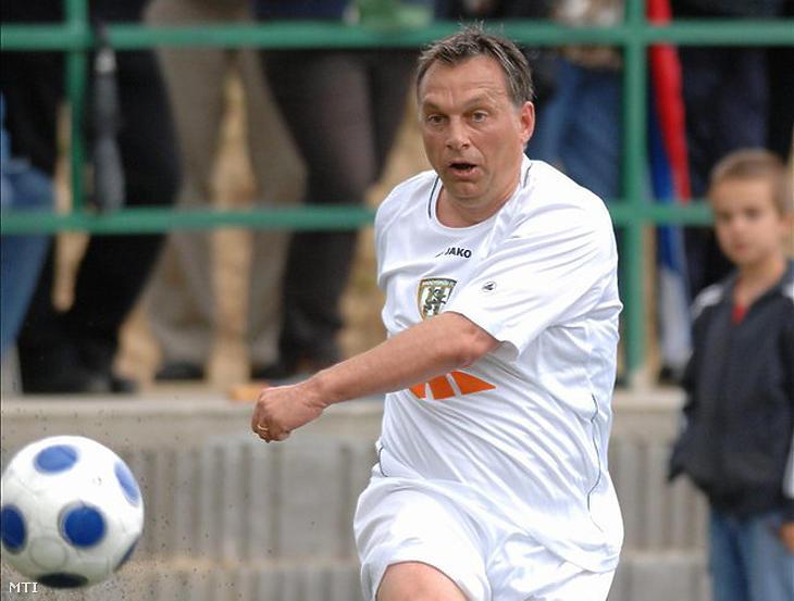 Orbán Viktor focizik (Fotó: MTI)