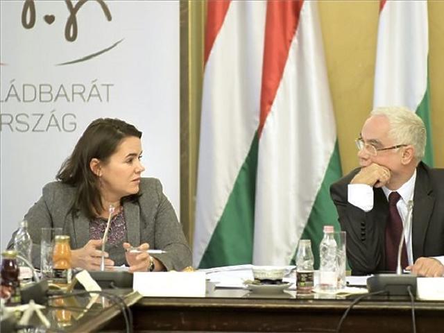 Novák Katalin és Balog Zoltán miniszter