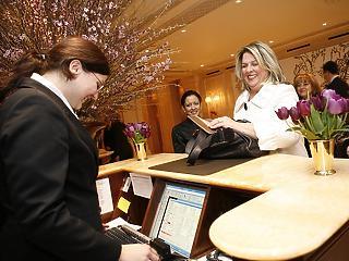 Tömegesen rohantuk meg a szállodákat decemberben