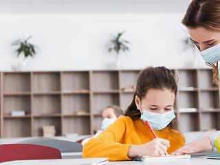 Újra az iskolában: nyomás alatt álló pedagógusok, szorongó gyerekek