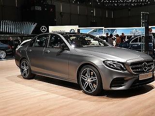 Hatvanezer autót hív vissza a Daimler a dízelbotrány miatt