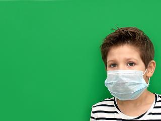 Iskolai maszkviselés: az EMMI-től kérnek pontosítást a szülők