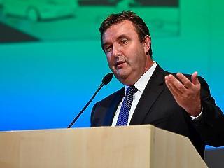 Nagy hatalma lesz Palkovics miniszternek a következő években
