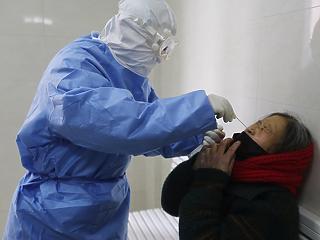 3-4 hónapon belül embereken is tesztelik a koronavírus elleni védőoltást