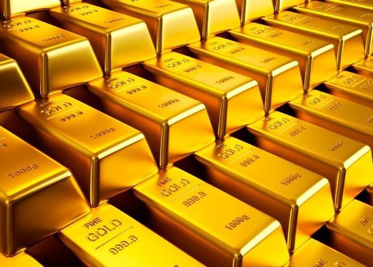 Az arany árfolyamát számos tényező befolyásolhatja