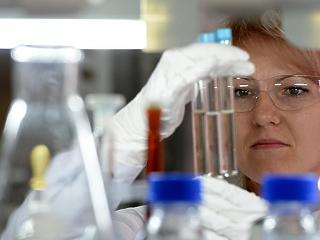 Összefog két vállalat, hogy együtt fejlesszék ki az új rákellenes szupergyógyszert