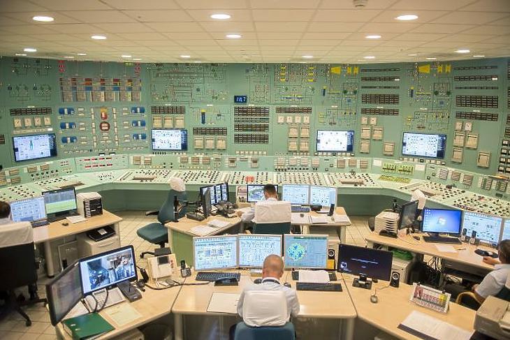 A Paksi Atomerőmű négyes reaktorának vezérlőterme (Fotó: MTI/Sóki Tamás)