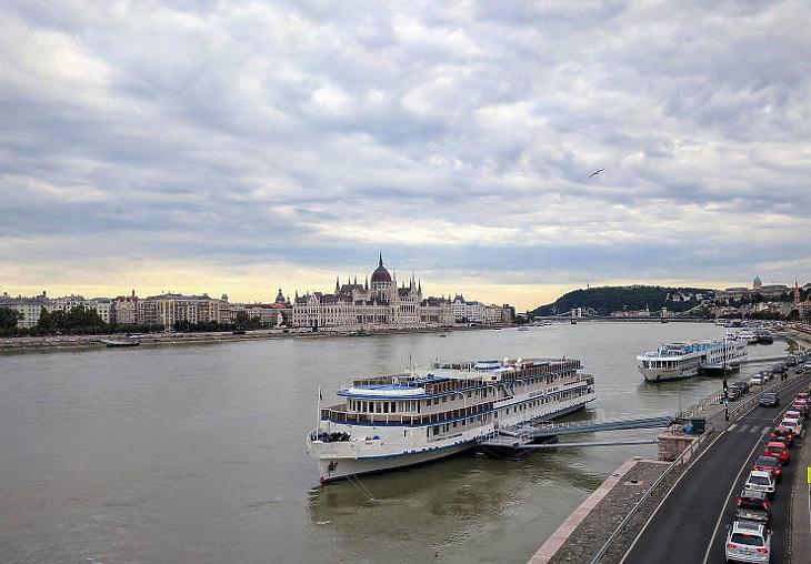 Eltűntek Budapestről a turistahajók (Illusztráció - Forrás: Pixabay)