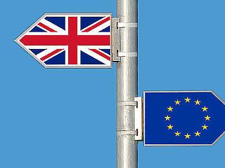 No-deal Brexit - két évre leállna a brit gazdaság növekedése
